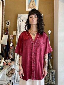Camisa de cetim vinho