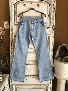 Calça Jeans Hamuche bordado na barra (40)