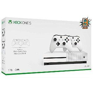 Console Xbox One S 1TB 2 Controles - Microsoft