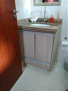 Banheiro Planejado Sob Medida em MDF Grigio da Masisa e MDF Branco TX.