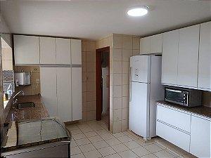 Cozinha Planejada sob Medida em MDF Branco TX.