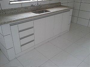 Cozinha Planejada Sob Medida em MDF Duratex Ultra Branco Diamante