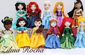 PRINCESAS EM FELTRO (bonecas prontas)