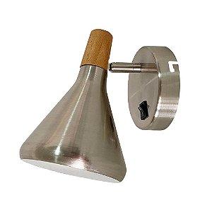 Arandela Horn Metal e Madeira 18x12,5x19cm 1xG9 40W Bivolt Cor Aço Escovado Casual Light QAR1466AE