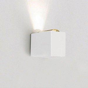 Arandela Lens  220V LED 2700K  10x15x14cm Cor Branco Total Newline SNT027LED2BT