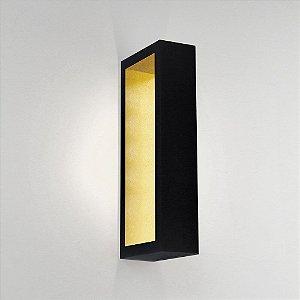 Arandela Portara 220V LED 2700K 500 x 100 x 51mm Cor Preto Total e Dourado Newline SN10125PTDO