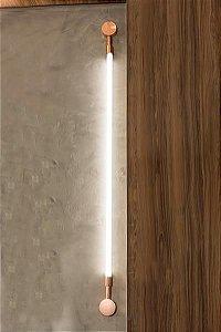 Arandela Luxembourg G Alumínio Lâmpada T8 tubular 8w 3000k Inclusa 154x8x4 cm Dourado/Latonado Klaxon  03150002DOU