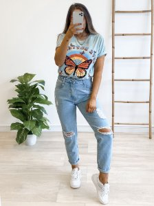 t-shirt over butterfly blue