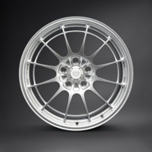 Enkei NT03+M F1 Silver 5X114,3 18X9,5  ET27