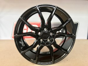Niche Ascari Gloss Black 5X112 19X8,5 ET42