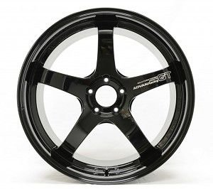 Advan Racing GT Gloss Black 5x130 20x9 ET45 - 20x11 ET53 para Porshe 991 Carrera, 4S e Turbo.