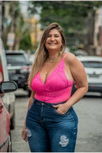 Body Plus Size com Detalhe em Renda Pink