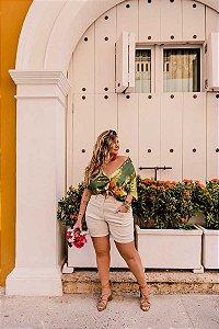 Shorts em Linho Pesponto