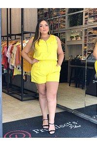 Macaquinho em Viscose Plus Size Lia Amarelo
