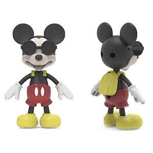 Boneco de Vinil Macio - Mickey Mouse com acessórios - Elka
