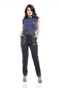 Calça Bolsos Textura