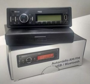 Auto Rádio Am/Fm Bluetooth Clarion