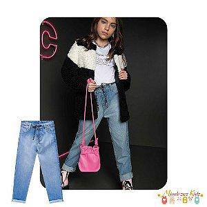 Calca mom em jeans Vick&Vicky