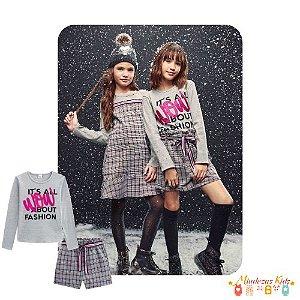 Conjunto blusa e shorts Vic&Vicky