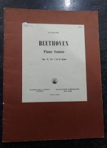 BEETHOVEN - SONATA OPUS 31 n° 2 in D minor