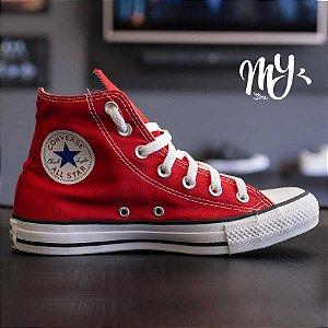f0cb8ec68e Tênis Cano Alto Converse Chuck Taylor All Star HI - Vermelho e Branco zoom