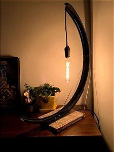 Luminária Fender na cor Preto