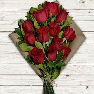 Buquê Colore com 12 Rosas Vermelhas