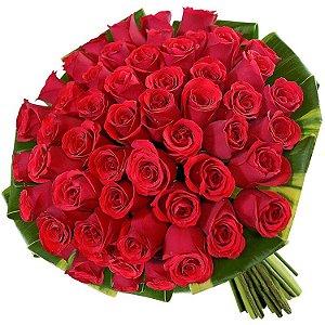 Hiper Buquê com 60 Rosas Vermelhas