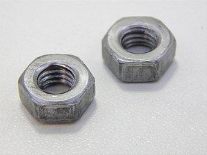 Porca Sextavada M5 Aço Classe 8 (Embalagem 50 peças)