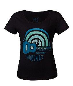 Camiseta Feminina Made in Mato Viola Preta