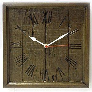 Relógio Quadrado Rústico