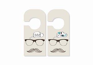 Aviso de Porta Mustache