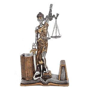 Dama da Justiça Decorativa Direito