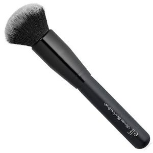 Pincel para base e.l.f. Ultimate Blending Brush