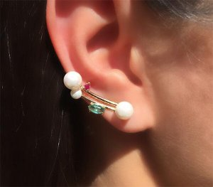 Ear Cuff 3 Perolas com Navete