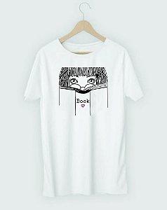 """Camiseta Literária """"Mulher e Livro"""""""