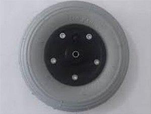 Roda aro 8 com pneu inflável