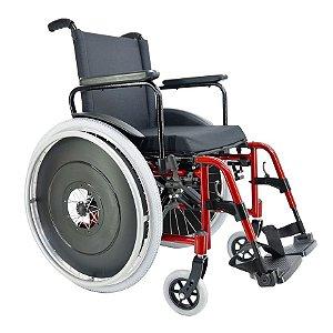 Cadeira de rodas MA3S com apoio de pés eleváveis