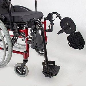 Cadeira de rodas MA3S com apoio de pés eleváveis - 42 CM - Preta