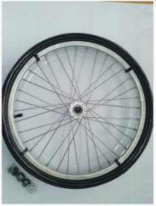 """Roda 24"""" completa com pneu inflável"""
