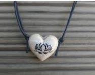 Aromatizador Pessoal - Coração Branco - Símbolo Flor de Lotus