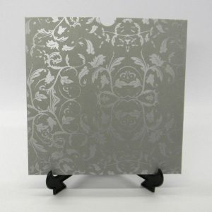 Envelope Cinza com floral prata 01 Mod.EN2100 - 20x20cm