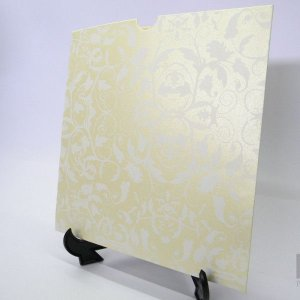 Envelope Champanhe com floral branco 01 Mod.EN2100 - 20x20cm