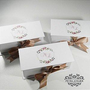 Caixa para convite/lembrança Branca com Rosé - tam:18x8x6cm