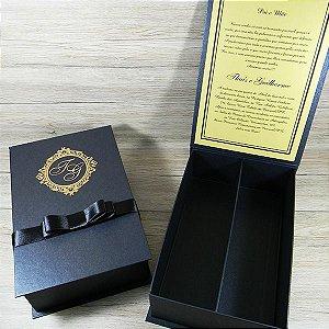 Caixa Padrinhos preto com dourado - tam:15,5x24x7cm
