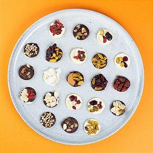 Pastilhas de Chocolate com Mix Nuts (Vegano) - Caixinha com 90g
