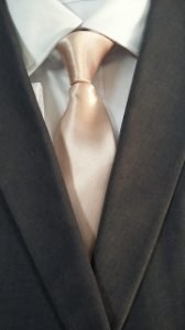 gravata rosa chá