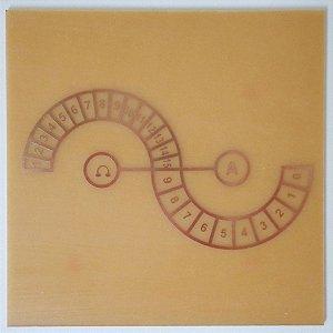 Placa Ômega Alfa G- Gráfico em Cobre