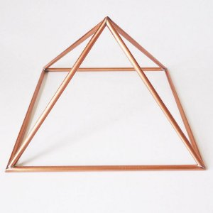 Piramide de Cobre Base 16 cm