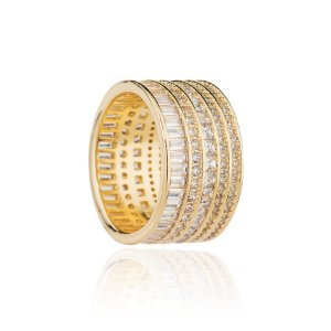 Anel semijoia de 5 aros, cravejado com cristais de zircônia e banhado em ouro 18k